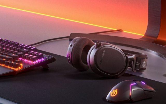 steelseries-pc-ve-playstation-icin-arctis-9-dual-wireless-kulakligini-tanitti